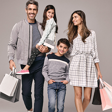 Find a Center Premium Outlets Home SS18_PO_FAMILY_SHOPPING_Promo.jpg