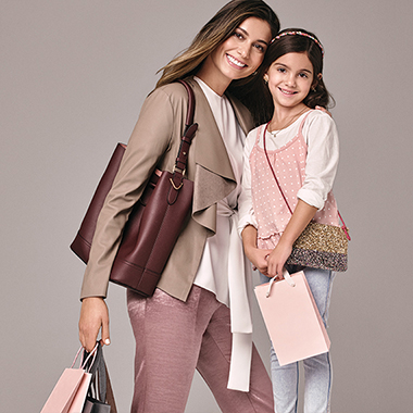 Let's Connect Premium Outlets Global SS18_PO_MOTHER_DAUGHTER_Promo.jpg