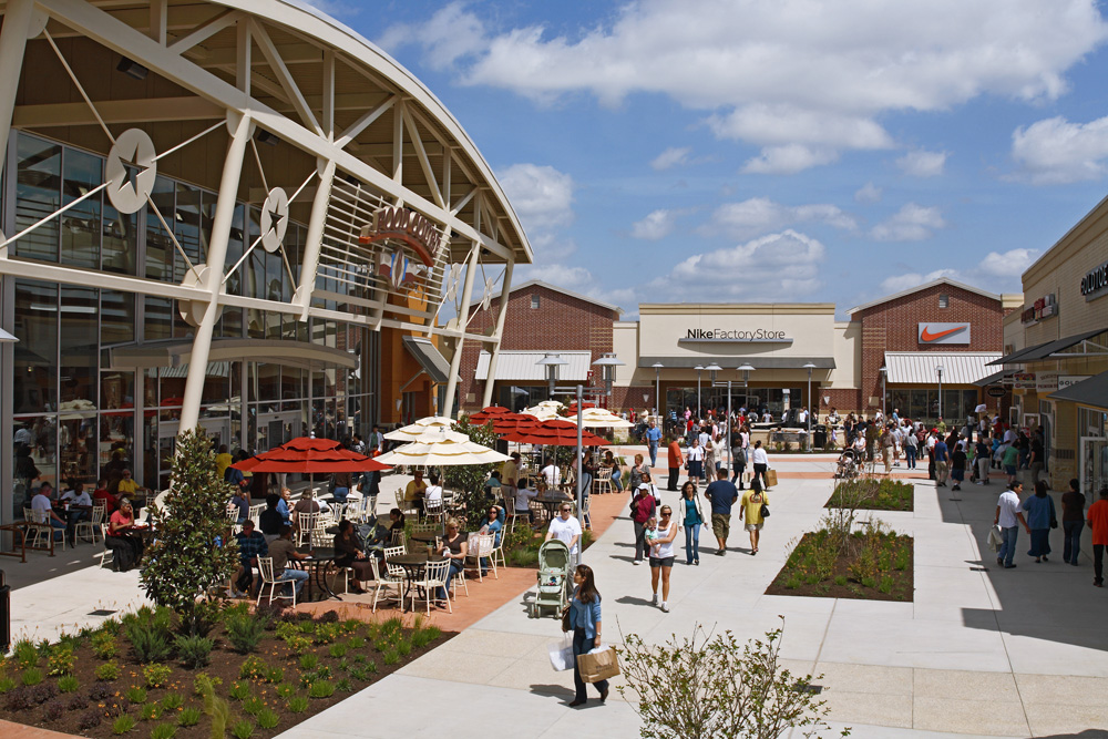 SAVE BIG at Houston Premium Outlets with deals from top retailers like Kate Spade Outlet, Francesca's, Carter's.