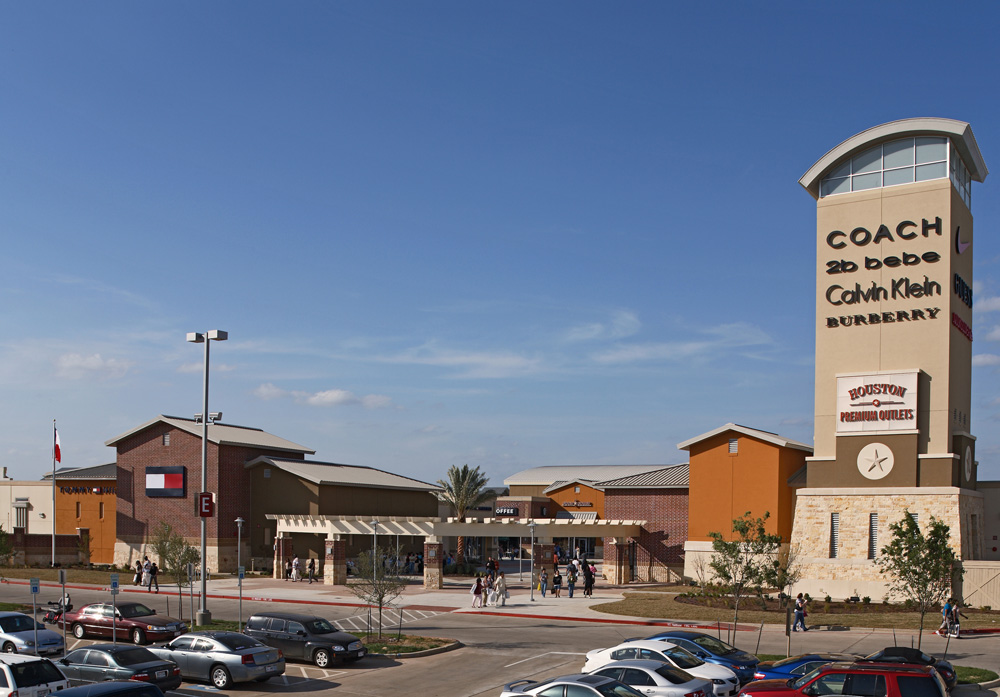 Houston Premium Outlets® offers designer and name-brand outlet stores including Armani Outlet, Burberry, Nike, Kate Spade New York and Tory Burch. We are conveniently located in northwest Houston off of U.S. Highway West at Fairfield Place Drive; approximately 35 minutes from downtown Houston and the Galleria uptown district/5().
