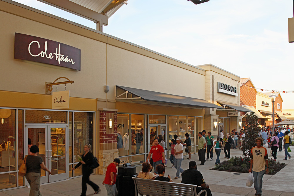 Premium Outlets Stores List - Swifter.co