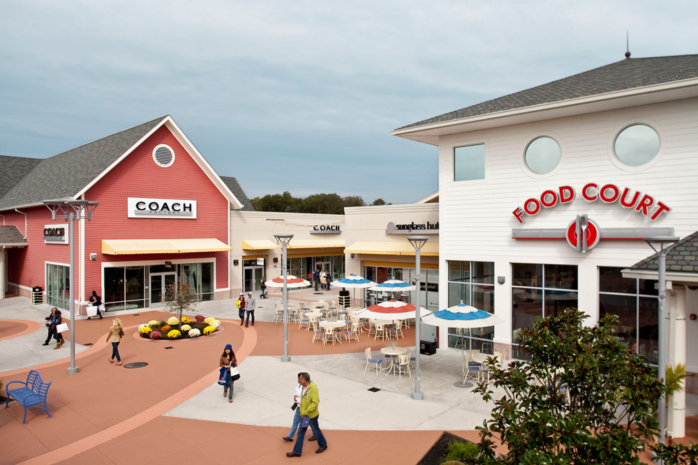 Outlet New Jersey >> About Jersey Shore Premium Outlets A Shopping Center In