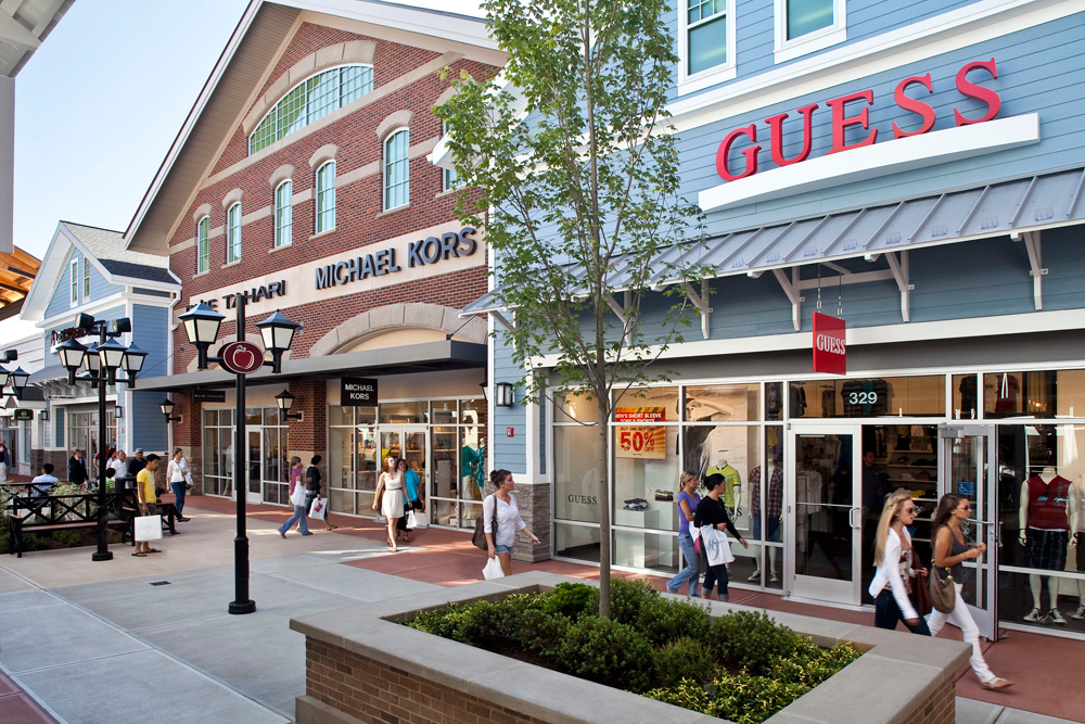 Portsmouth Nh Shopping >> About Merrimack Premium Outlets A Shopping Center In Merrimack
