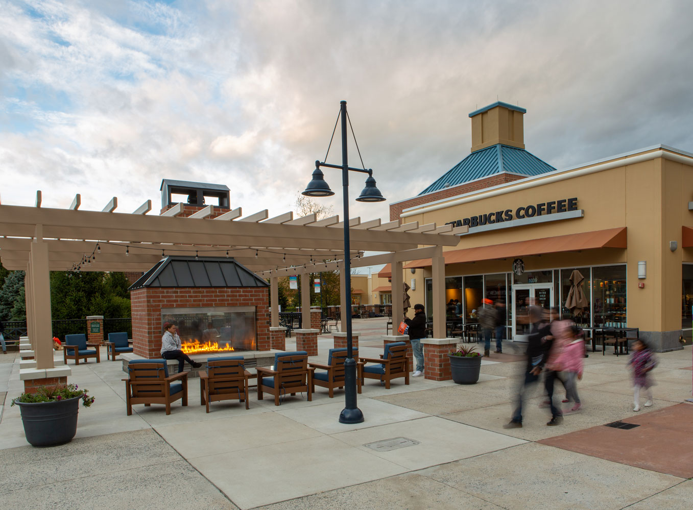d733dd3292 About Philadelphia Premium Outlets® - A Shopping Center in Pottstown ...