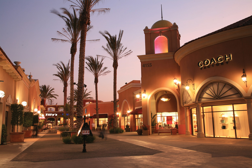 Image result for Tree Lighting Event  Las Americas Premium Outlets!