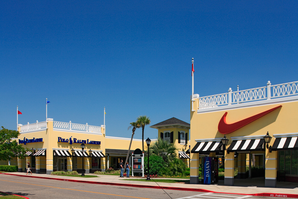 Shopping In Biloxi Ms >> About Gulfport Premium Outlets A Shopping Center In Gulfport Ms