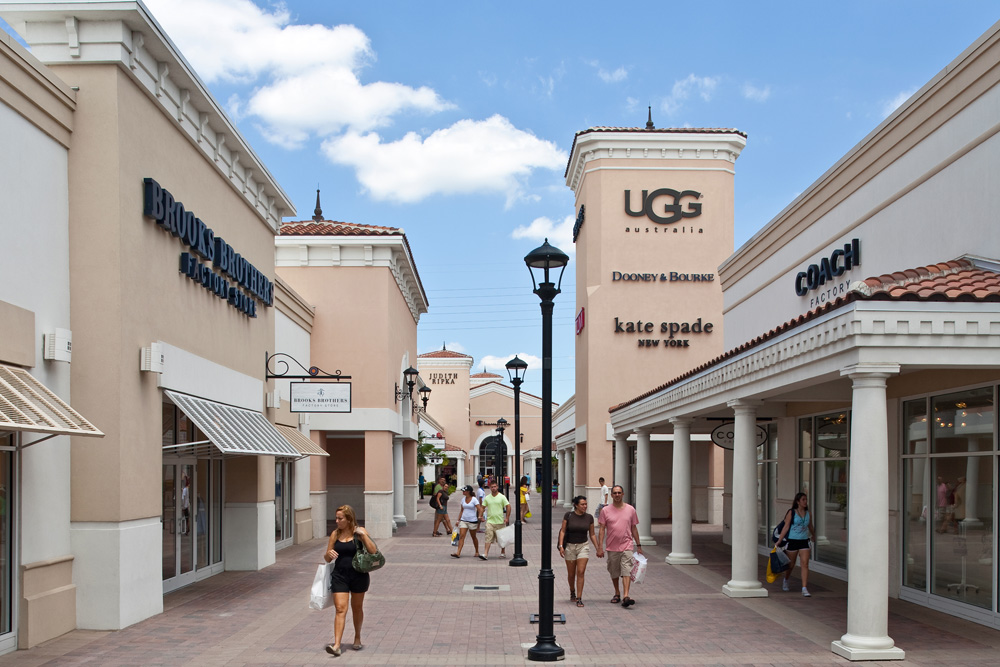 Outlet Stores in Orlando on xflavismo.ga See reviews, photos, directions, phone numbers and more for the best Outlet Stores in Orlando, FL. Start your search by typing in the business name below.