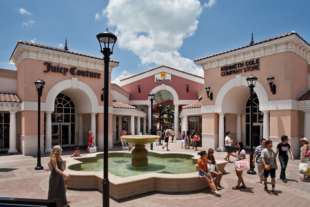 Find the best outlet shopping in Florida. Get up to date information, sales and deals for every outlet mall in the state of Florida.