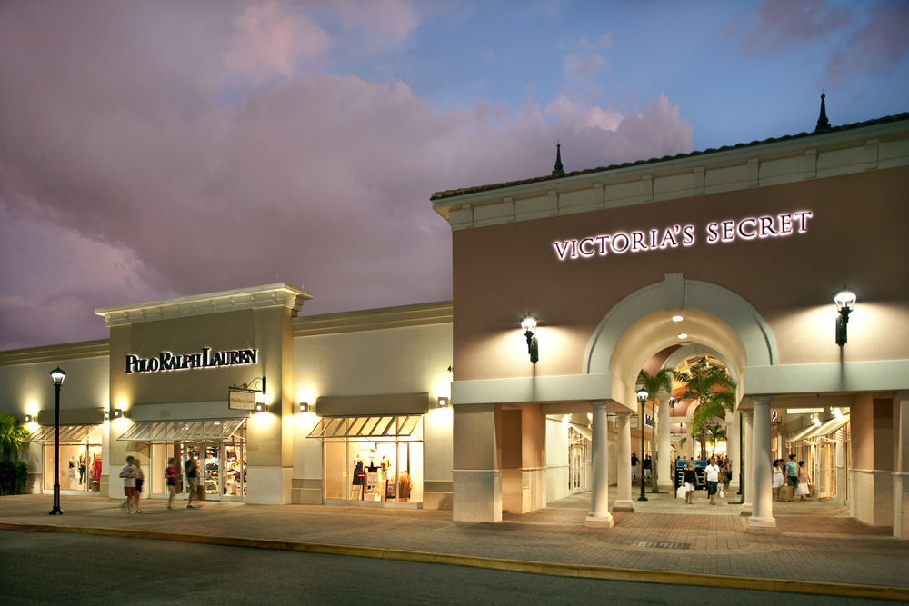 5fc9842da03 About Orlando International Premium Outlets® - A Shopping Center in ...