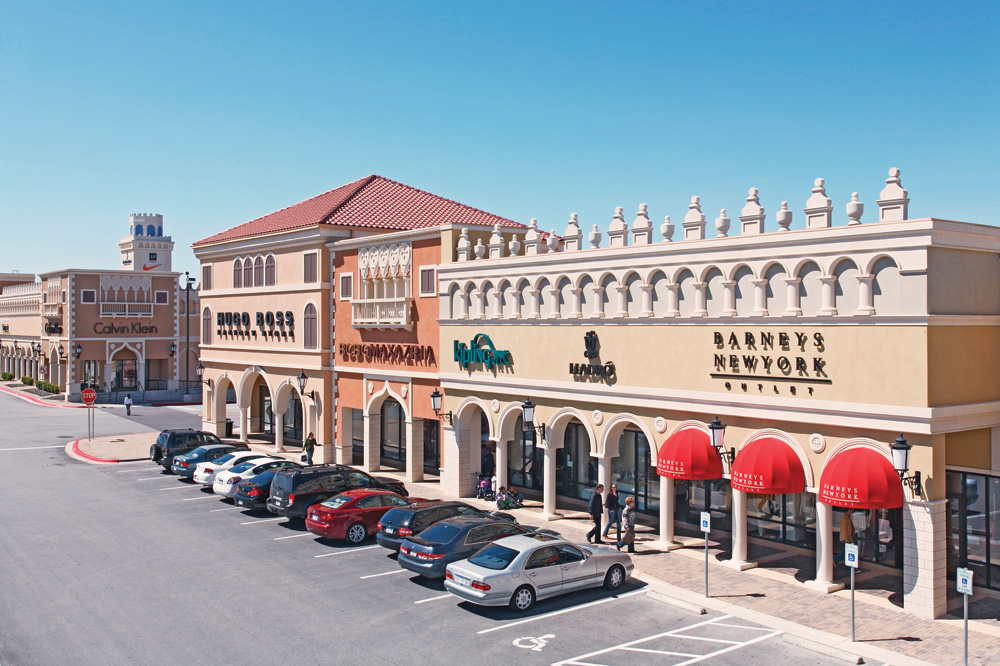 Welcome to San Marcos Premium Outlets, an outdoor shopping mecca offering an impressive collection of luxury and name brand stores to include designer fashions for men, women and children, sportswear, shoes, jewelry, housewares and newbez.mlon: S Interstate 35, San Marcos, , TX.