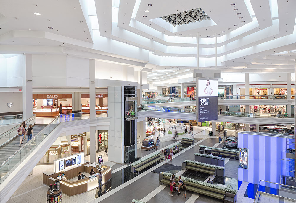 76b3bb5fe48 About Woodfield Mall - A Shopping Center in Schaumburg, IL - A Simon ...