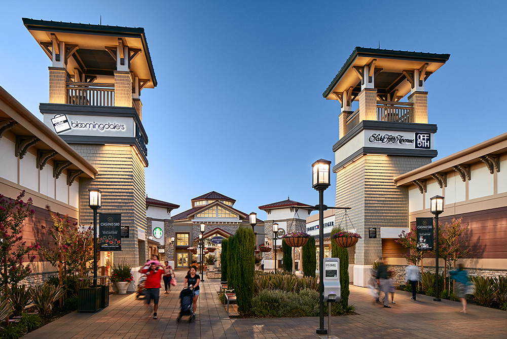 About San Francisco Premium Outlets® - A Shopping Center in ...
