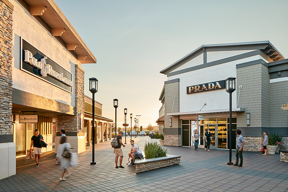 About San Francisco Premium Outlets® - A Shopping Center in