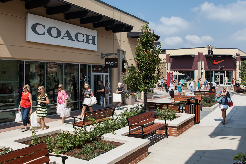 ugg outlet gloucester outlets closing