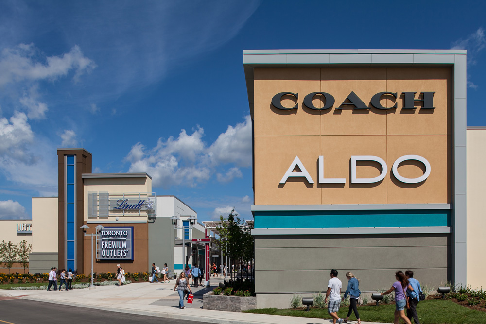 About Toronto Premium Outlets™ - A Shopping Center in Halton