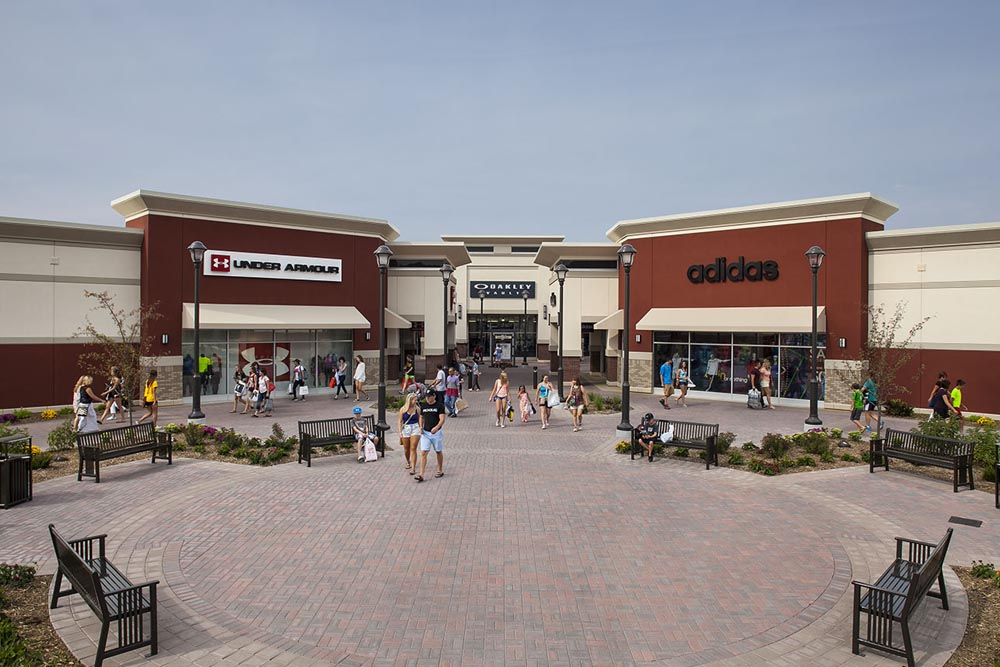 About Twin Cities Premium Outlets A Shopping Center In Eagan Mn