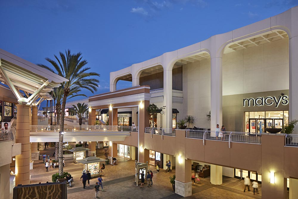 Welcome To Fashion Valley - A Shopping Center In San Diego 90