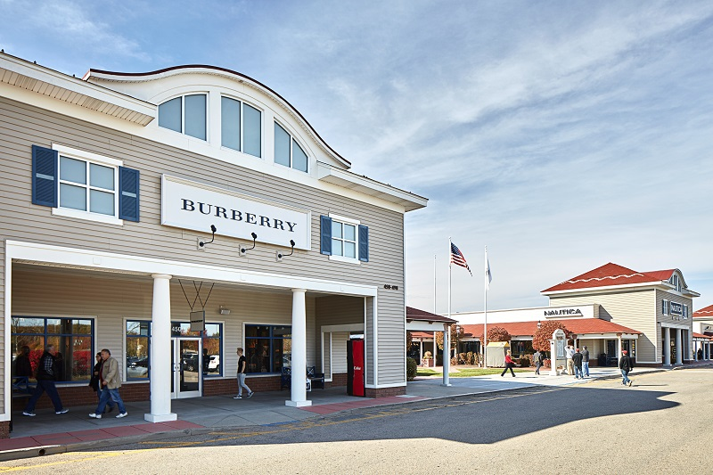 Wrentham Village Premium Outlets is New England's largest outdoor outlet shopping center, featuring over exciting brand name stores in one location.