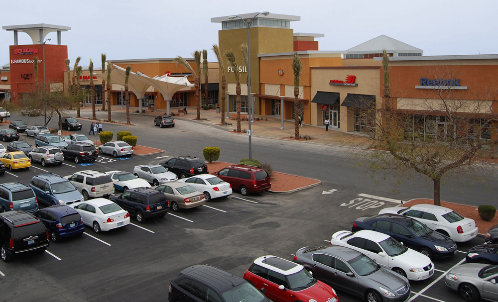 About Las Vegas South Premium Outlets A Shopping Center In Las