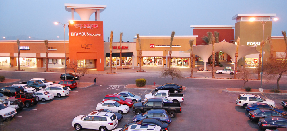 f82dbf2a85eec Do Business at Las Vegas South Premium Outlets®, a Simon Property.