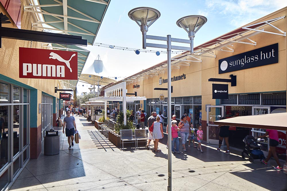 ad517610f0 About Las Vegas North Premium Outlets® - A Shopping Center in Las ...