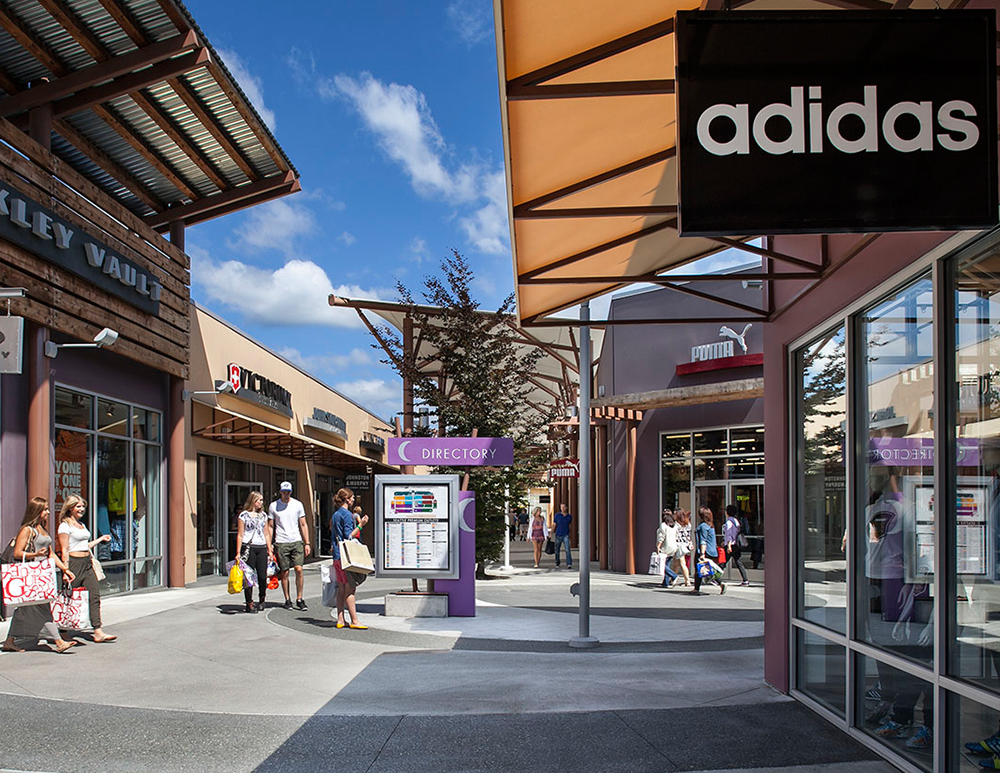 About Seattle Premium Outlets® - A Shopping Center in